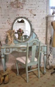 vintage turquoise home decor
