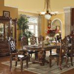 Elegant classic dining room
