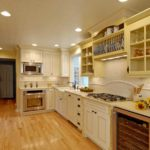 cream kitchen cabinet colors
