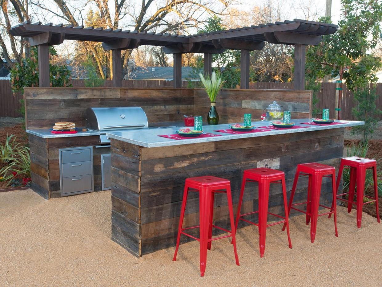 diy backyard bar ideas