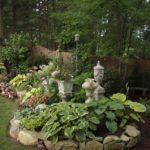 green garden edging ideas