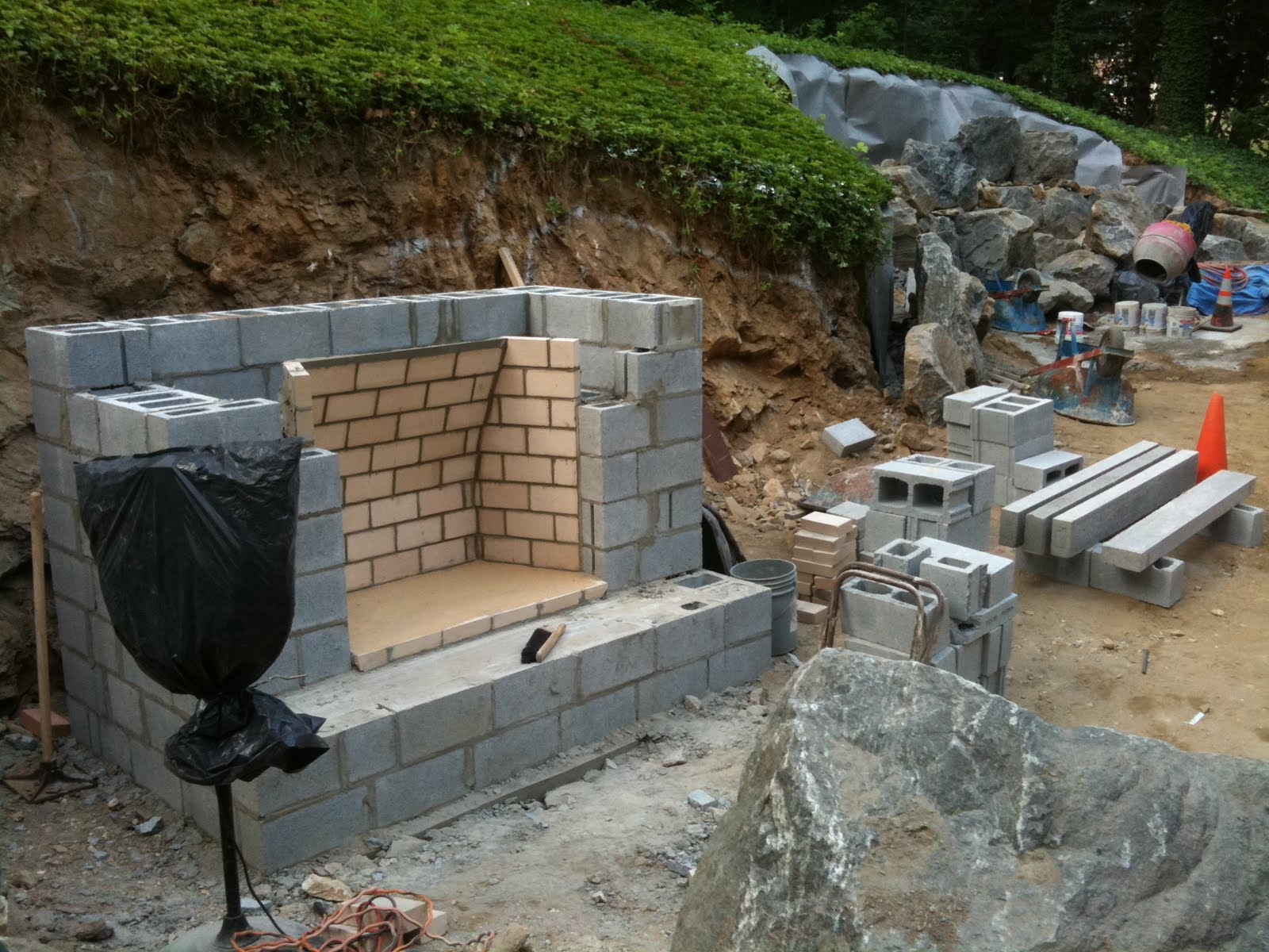 outdoor fireplace footing