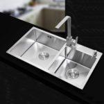 The Undermount Kitchen Sinks