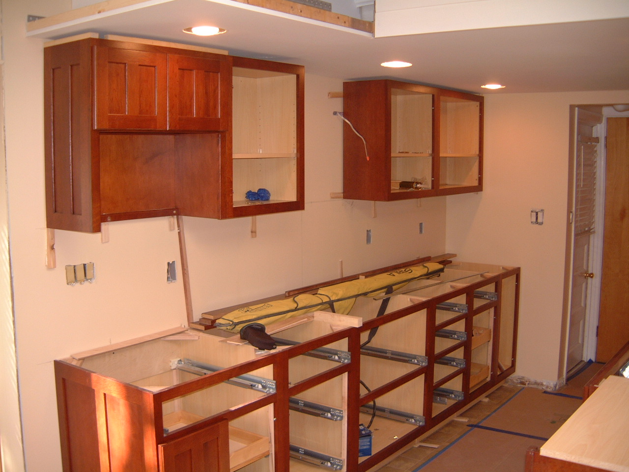 upper kitchen cabinet design