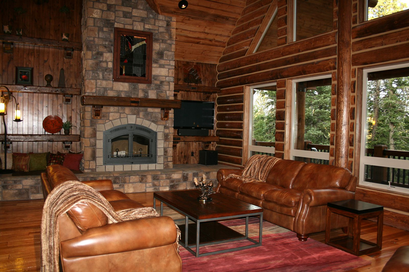 wood log home decor
